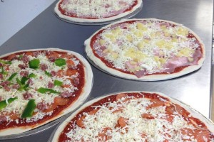 Francos-pizzeria-food-photo1