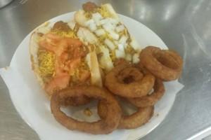 emma-lynss-chicken-waffles-food-photo2