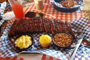 famous-daves-food-photo