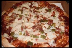 lombardos-pizza-food-photo1