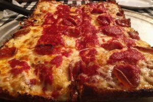 buddys-pizza-food3