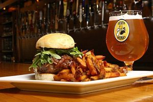 7-Monks-Taproom-food-photo